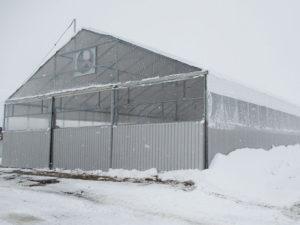 切妻型屋根 ビニールハウス耐雪型