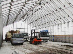 ビニールハウス 大型パイプ倉庫