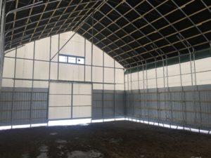大型パイプ倉庫 内部